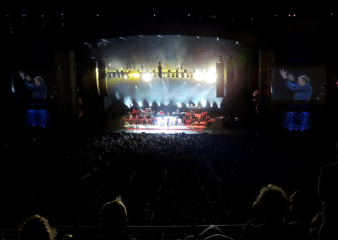NEIL DIAMOND - Nikon at Jones Beach Theater, Wantagh NY, June 8, 2012 - Photo by Alex Westner