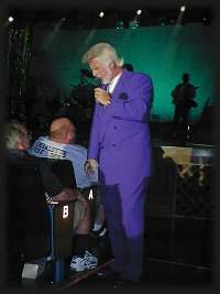 Mark Hinds as KENNY ROGERS, Memories Theatre, Pigeon Forge, TN 7-16-01